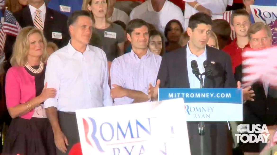 Romney supporters rally for Ryan