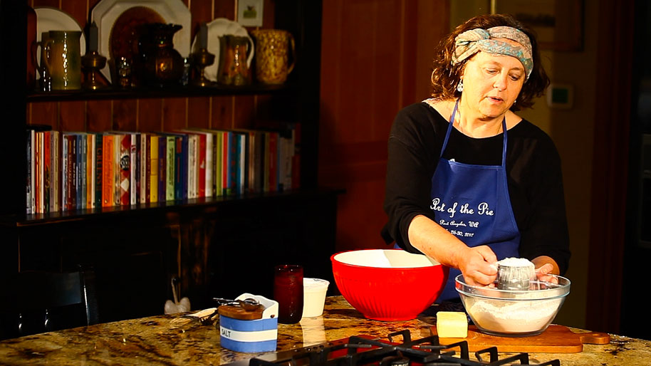Kate McDermott, master pie teacher, demonstrates t...
