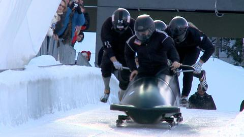 Steven Holcomb: On bobsledding