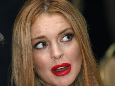 Lohan charged with leaving scene of NYC accident