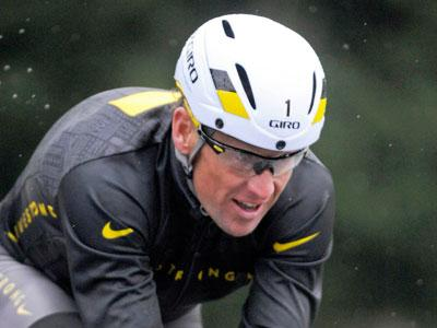 Lance Armstrong says last few weeks 'difficult'