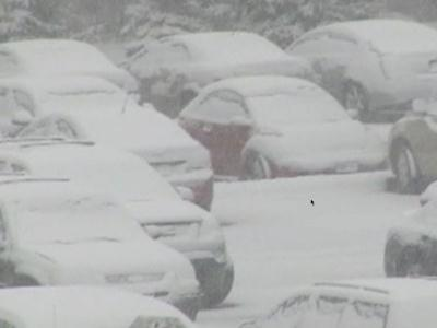 Raw: Nor'easter brings new snow, wind to Conn.