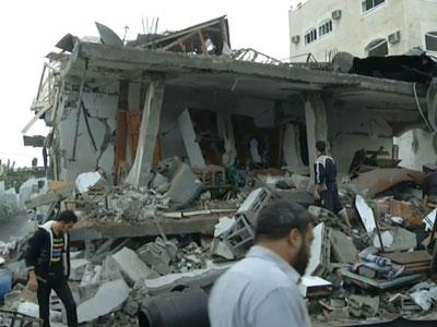 View aftermath of airstrikes in Gaza
