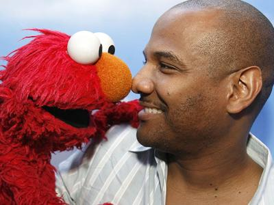 Voice of Elmo resigns after new accusation