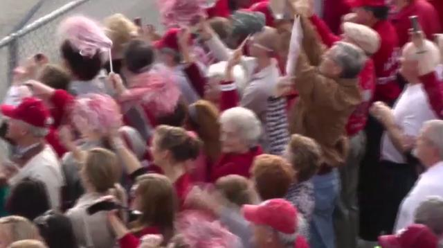 Raw: Tide fans welcome home championship team