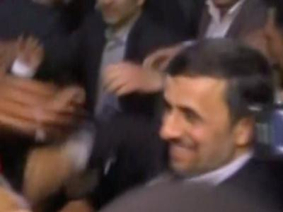 Raw: Shoe appears to be thrown at Ahmadinejad