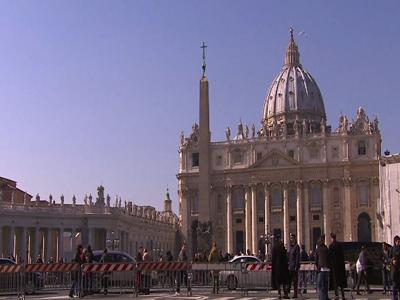 Vatican raises possibility of early conclave