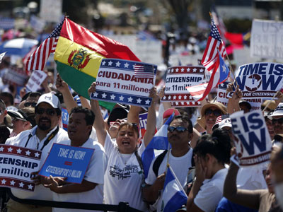 Thousands rally across US for immigration bill