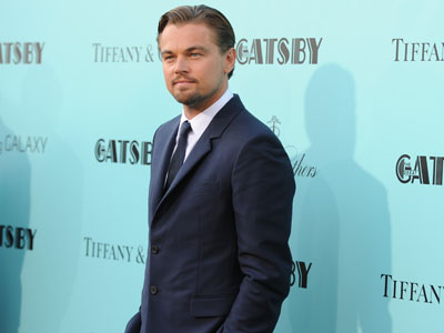 DiCaprio suits up for glitzy 'Gatsby' premiere