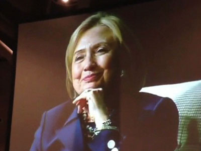 Clinton: Woman president would send right signal
