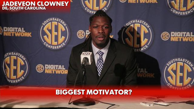 Jadeveon Clowney talks U-M's Vincent Smith hit, mo...