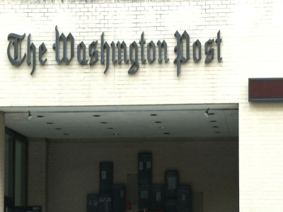 Raw: Amazon founder Bezos to buy Washington Post