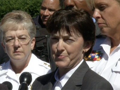 FBI: Navy Yard shooter had shotgun, handguns