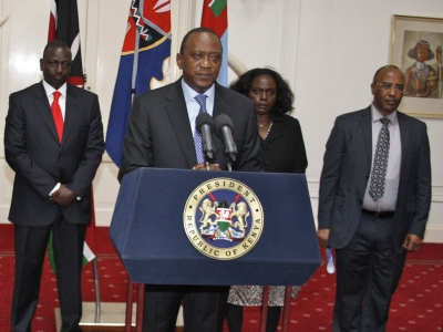 Kenyan president announces end to mall standoff