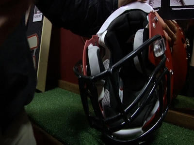 Riddell Unveils Football Helmets with Sensors