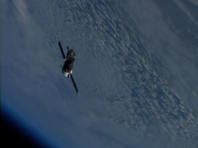 Raw: Soyuz undocks from ISS