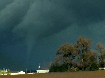 Deadly storms strike Midwest