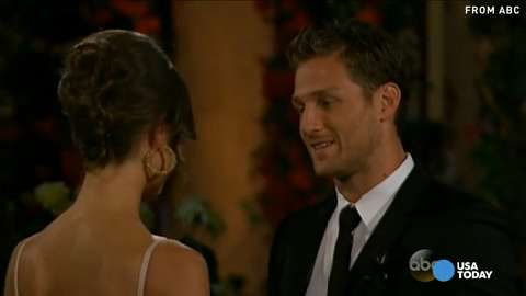'Bachelor' Juan Pablo meets girls, things get awkw...