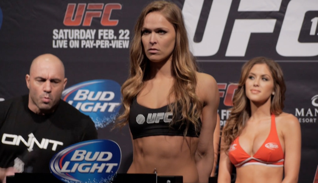 UFC 170: Weigh-in highlight