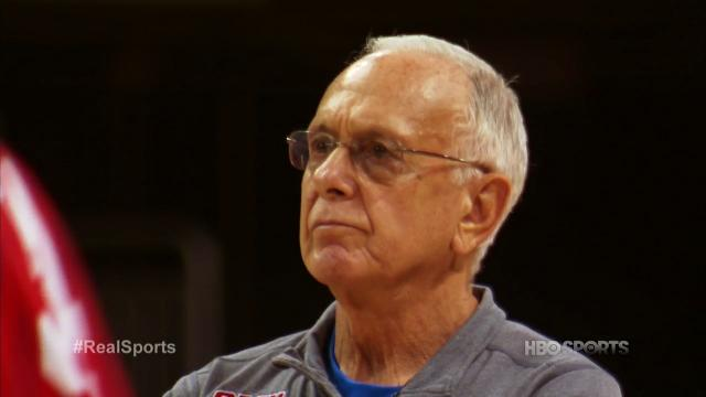 At age 73, Larry Brown still loves coaching