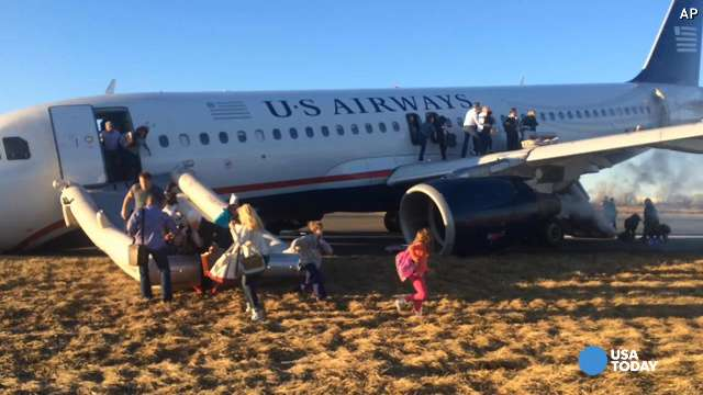 Philadelphia flight aborts takeoff after gear failure