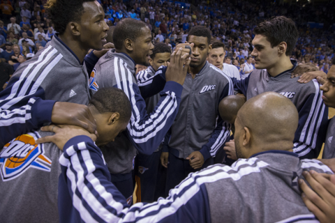 NBA Power Rankings: Thunder coming for Spurs for N...