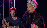 "StudioA: Yuna performs ""I Want You Back"""
