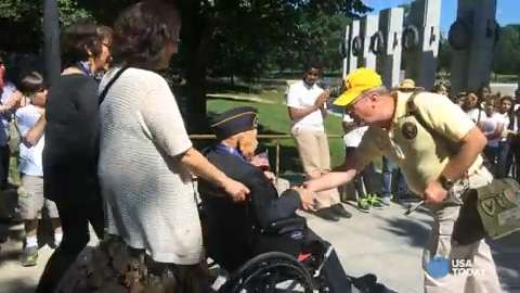 D-Day Veterans gather at WWII Memorial