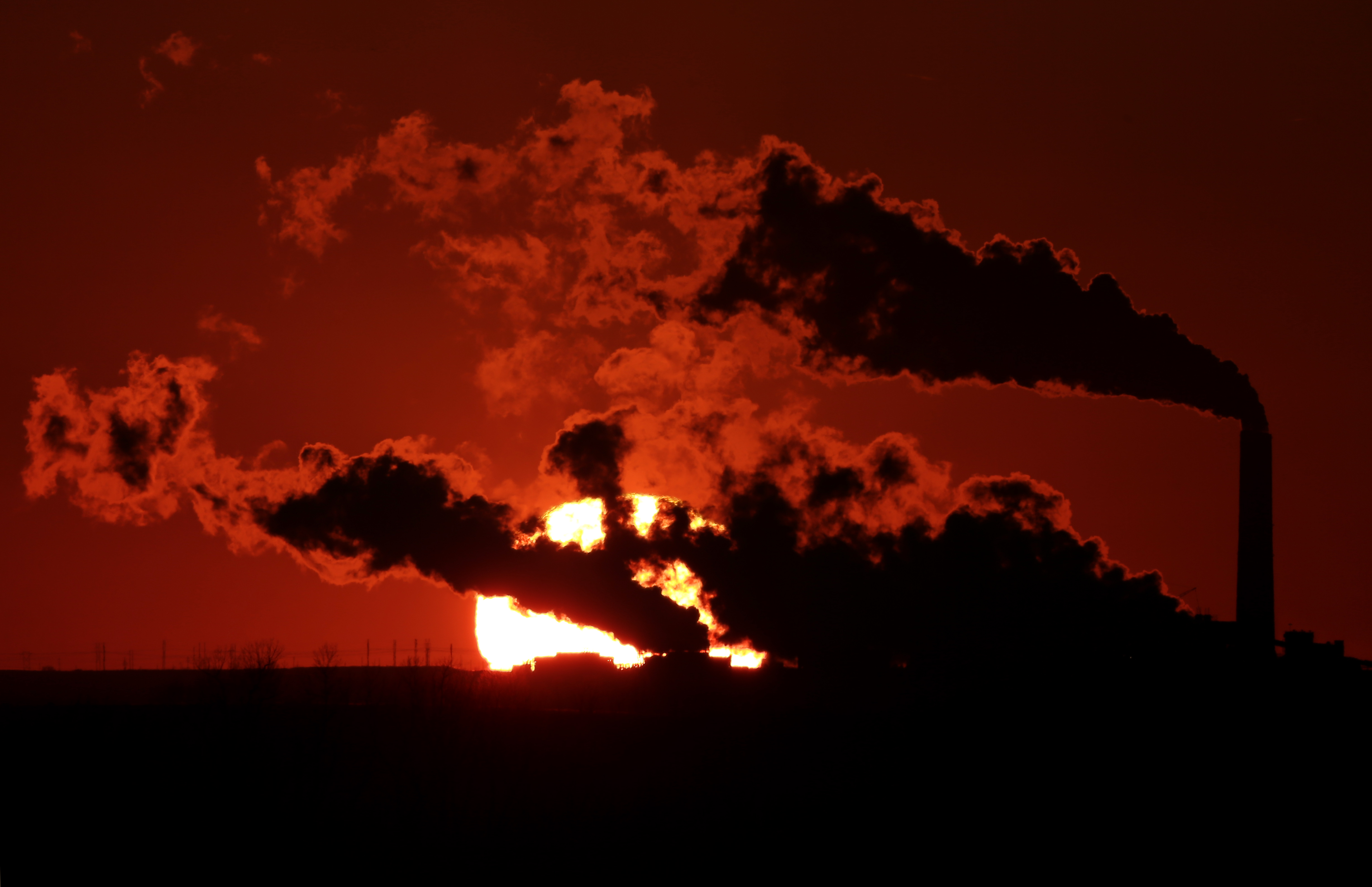 Retired power plants won't cut enough CO2 for Obama's target