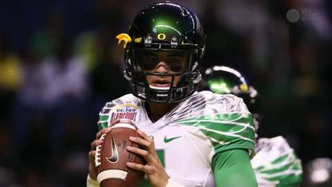Marcus Mariota  The many habits of a highly successful quarterback 6b26bf975