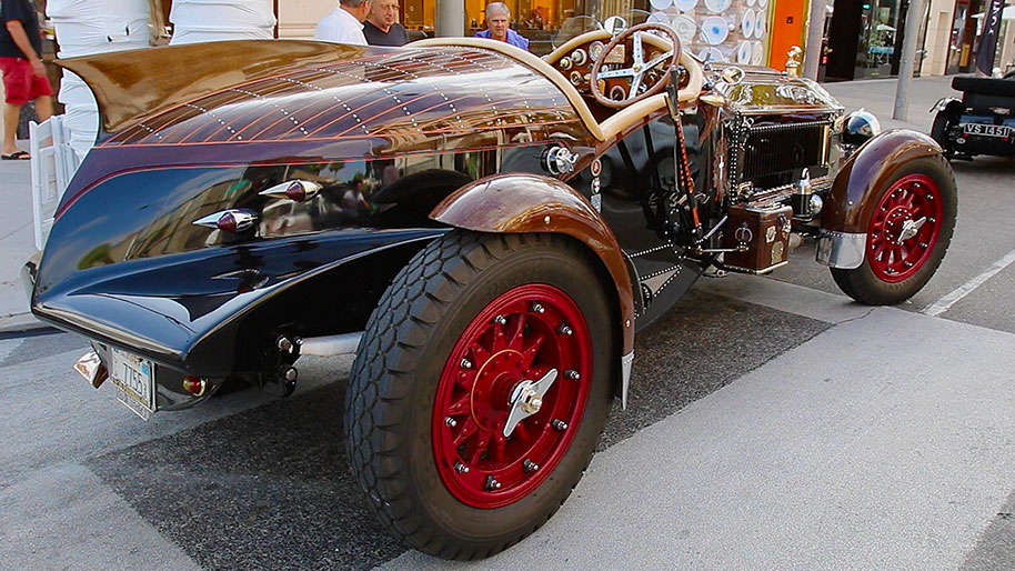 Just Cool Cars: Another fire truck becomes 'La Bestioni'