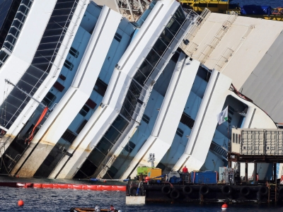 Raw: Underwater video shows capsized cruise ship