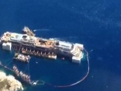 Raw: Aerial view of Costa Concordia