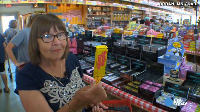 Huge candy shop thrives without phone, website
