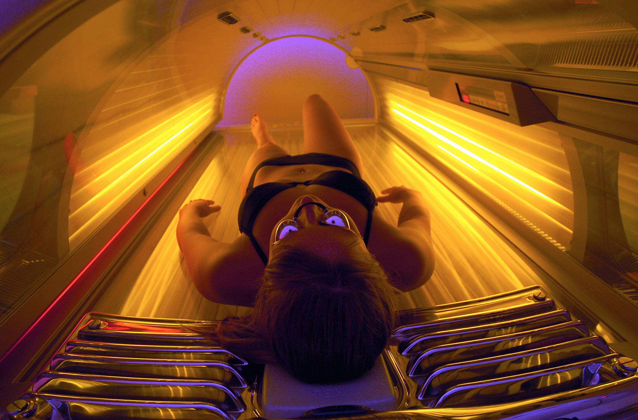 Surgeon General issues warning about tanning | USA NOW