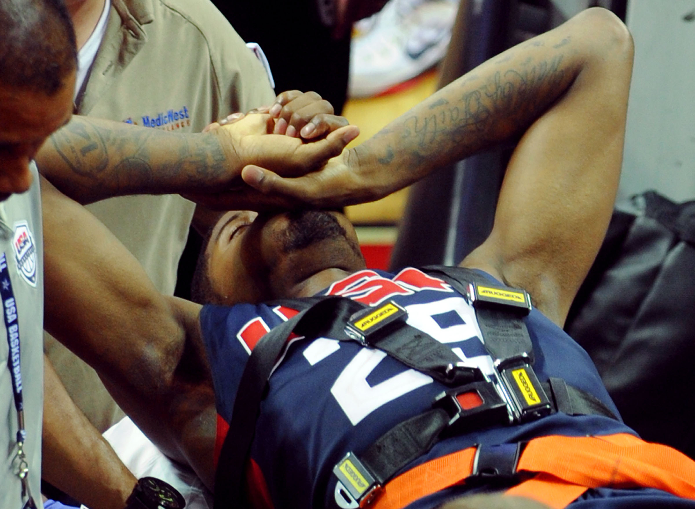 Video | Paul George suffers horrifying injury in scrimmage