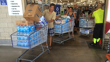 Hawaii prepares for tropical weather