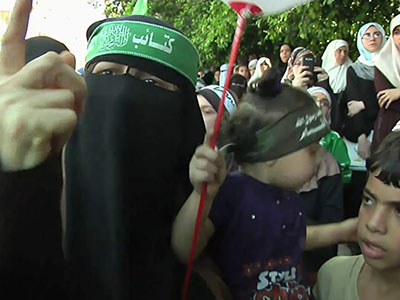 Israel and Hamas dig in as Gaza talks go on