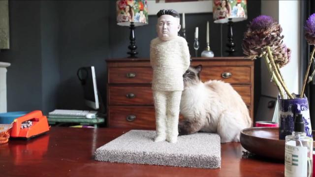 Company sells Kim Jong-Un and Vladimir Putin cat scratchers