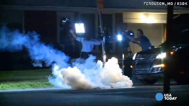 Ferguson Police tear gas hits reporters | USA NOW