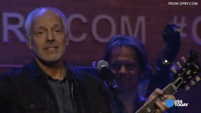 Peter Frampton throws phone: 'I was making a statement'