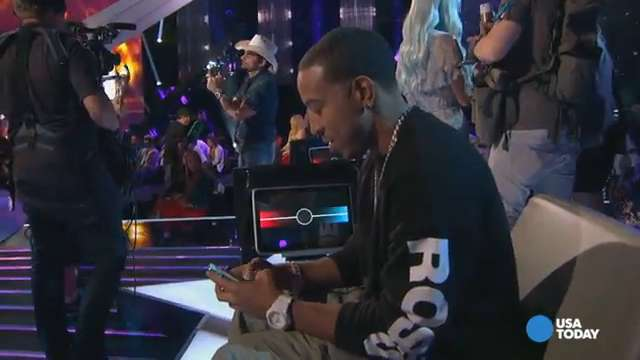 Is Ludacris an iPhone or BlackBerry kind of guy?