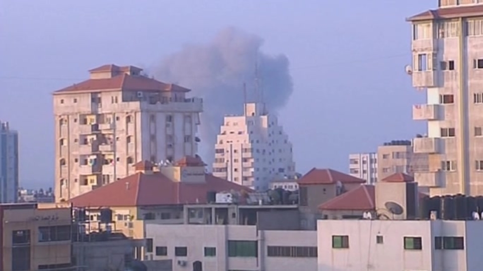 Explosions rock Gaza, no end seen to Israel-Gaza conflict