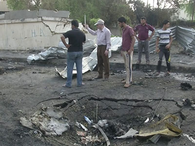 Raw: Damage from car bomb explosion in Iraq
