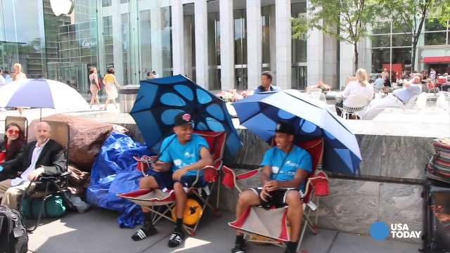 Waiting in line for the iPhone: Joseph Cruz, Brian Ceballo and Moon Ray.