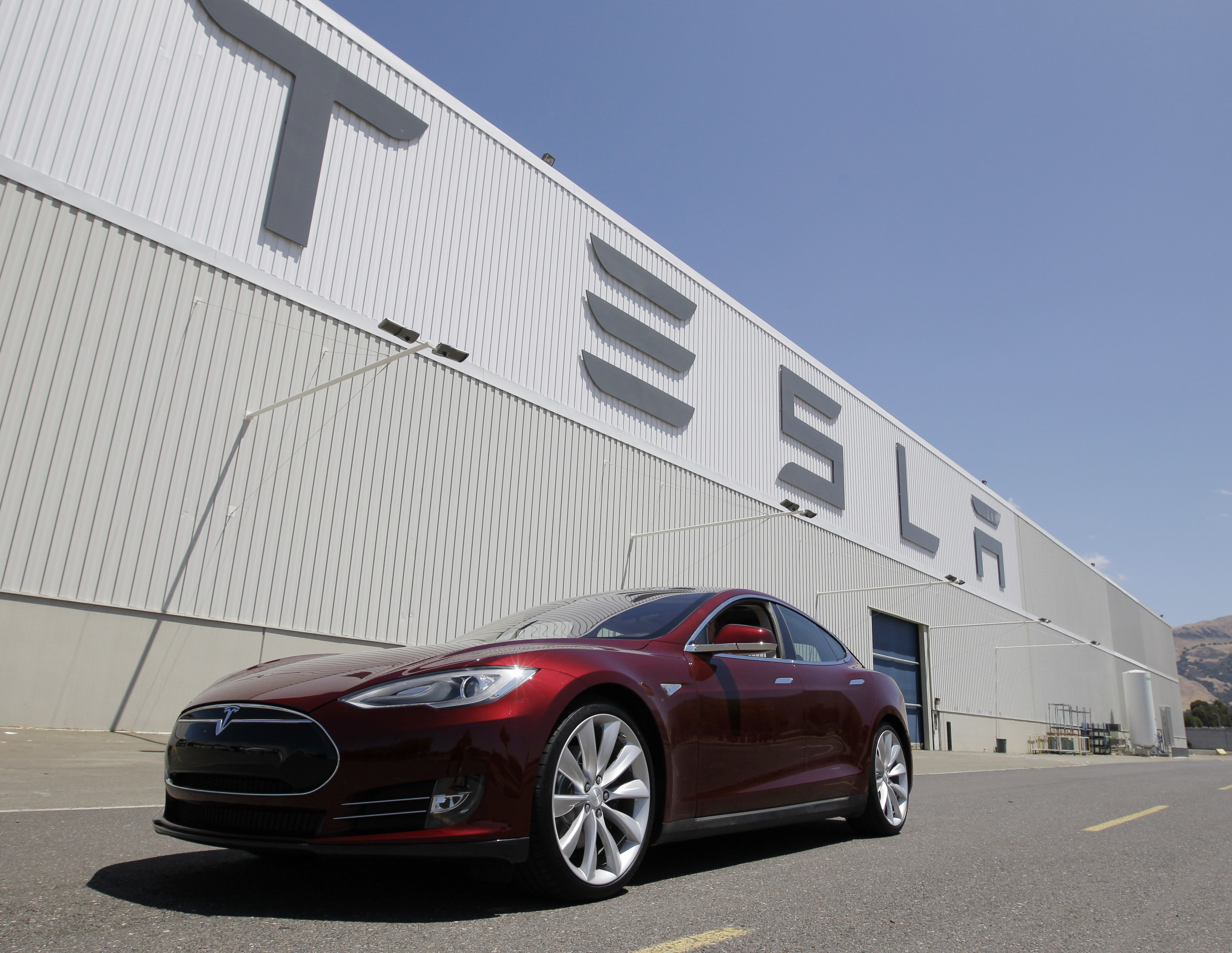Here's why Nevada won the Tesla plant   USA NOW