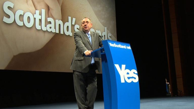 Scottish leader Salmond smells scents victory