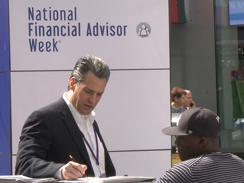 how to become a good financial advisor
