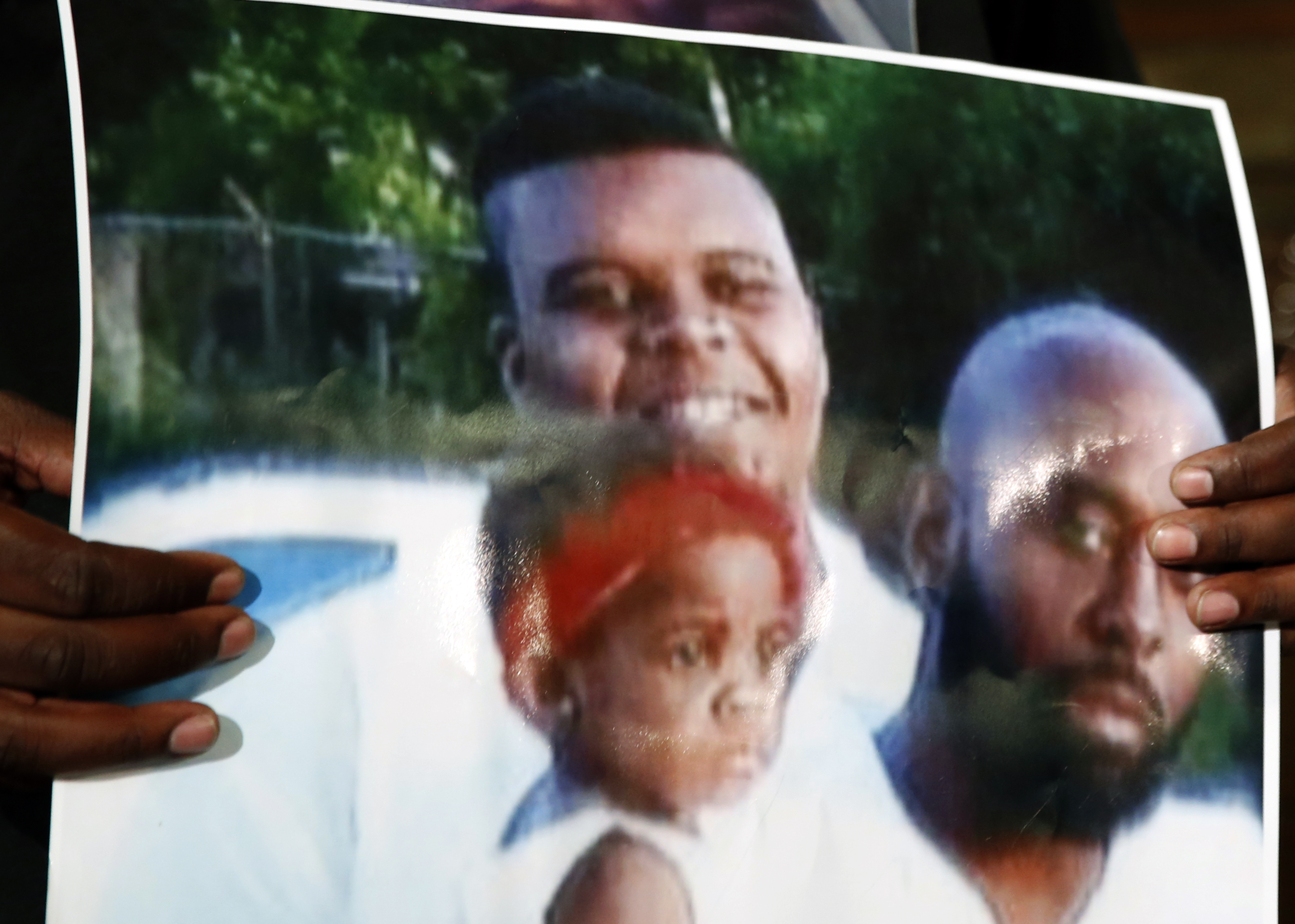 Michael Brown's new autopsy report out today | USA NOW