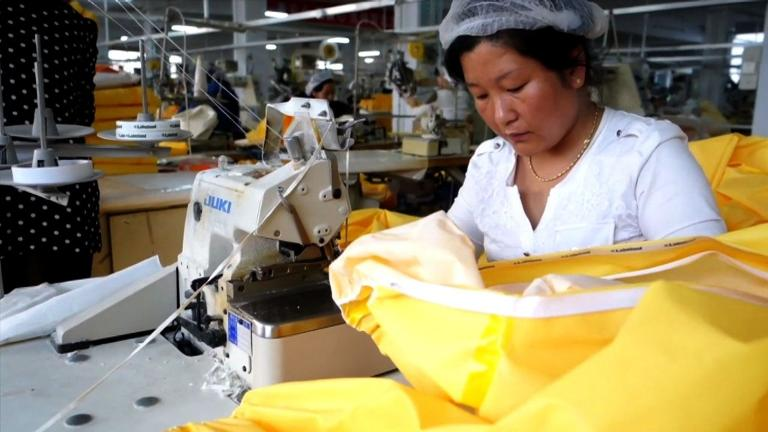 Ebola protective suits being made in China